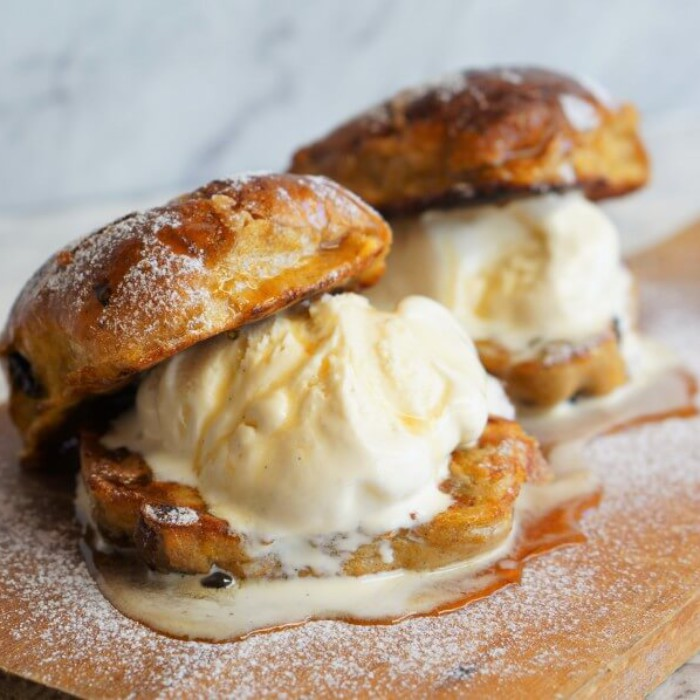 2-hungry-guys-flora-butter-hot-cross-buns-4